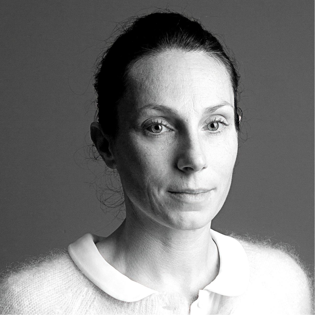 Anne PÉRON